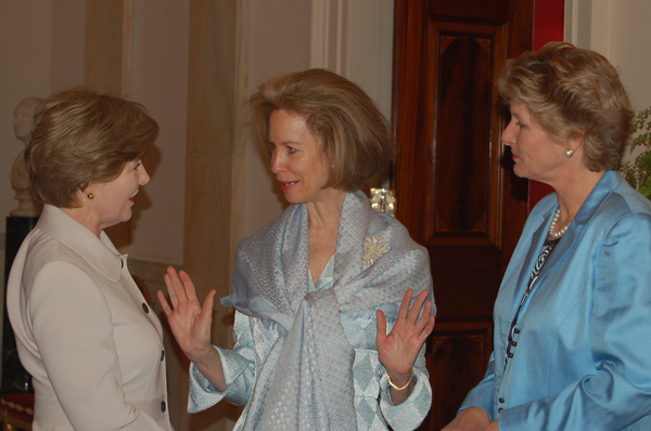 First Lady Laura Bush speaks with Women Business Leaders Summit co-sponors, Bonnie McElveen-Hunter and Under Secretary Karen Hughes at a White House reception, May 2007. State Department Photo