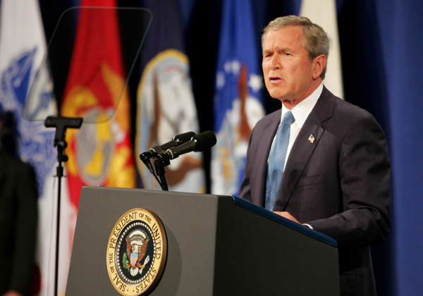 President George W. Bush delivers speech on Iraq at U.S. Army War College, Carlisle, Pennsylvania, May 24, 2004. � AP photo/Shawn Thew.
