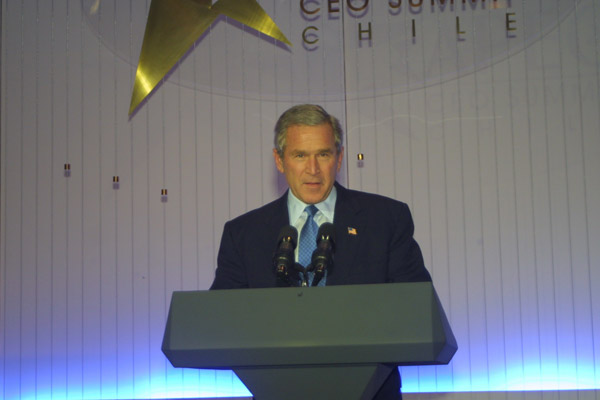President Bush addressing the CEO Summit Closing Session during APEC in Santiago, Chile. State Dept. Photo.