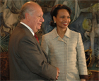 Secretary Rice shakes hands with Chilean President Ricardo Lagos. Santiago, Chile, April 28, 2005. State Dept. photo.