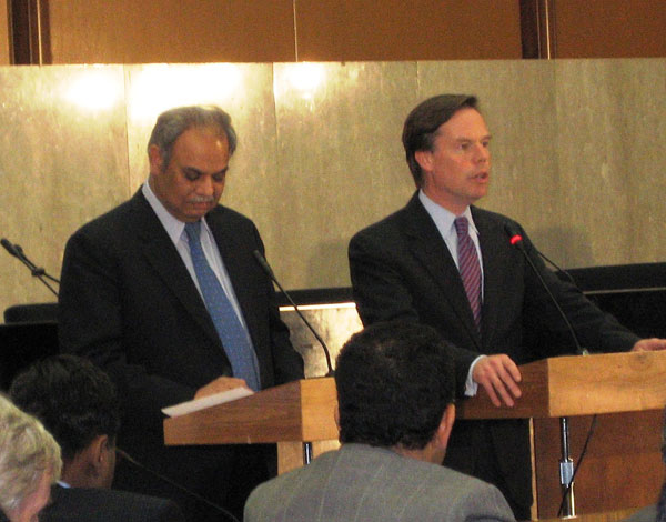 Under Secretary of State for Political Affairs R. Nicholas Burns and Pakistan Foreign Secretary Riaz Khan