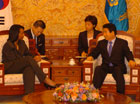 Secretary Rice meets with President Roh Moo-hyun at the Blue House in Seoul.