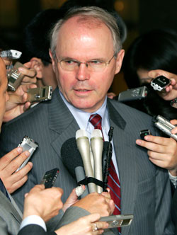 Assistant Secretary Hill speaks to reporters after meeting with his Japanese counterpart, Kenichiro Sasae at Japan's foreign ministry in Tokyo Monday, April 9, 2007. [� AP Images]