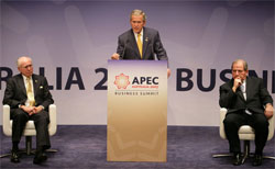 Johnson, Chairman of the APEC Business Advisory Council, President George W. Bush delivers remarks Friday, Sept. 7, 2007, to the APEC Business Summit at the Sydney Opera House. White House photo