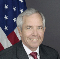 Official photo of Ambassador James M. Derham