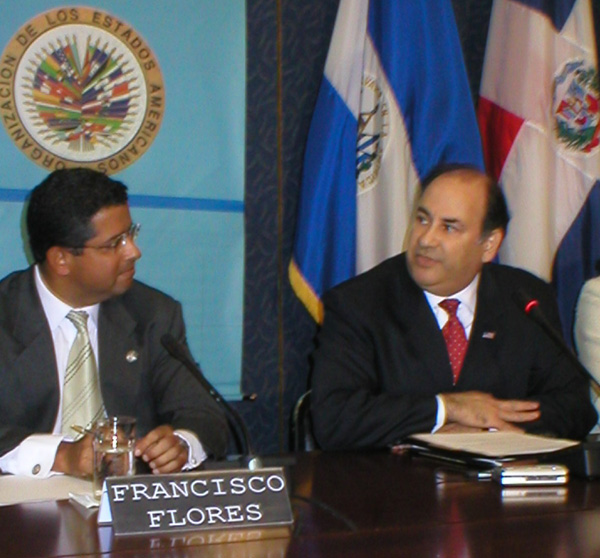 Assistant Secretary Roger Noriega ,right, appears with Francisco Flores at a press conference announcing U.S. support for Flores candidacy to be the next Secretary General o