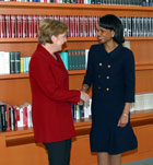 Secretary Rice meets with German Chancellor Angela Merkel.