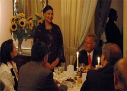 Date: 09/25/2008 Description: American Speaker and guest of honor Tayyibah Taylor engages her audience at Ambassador Peter R. Coneway's Iftaar dinner, September 25, 2008. [U.S. Embassy Bern]