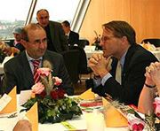 Date: 09/21/2008 Description: Consul General Matt Boyse [right] talks to Tayfun Keltek, President of the NRW Integration Council, at an Iftaar hosted by the NRW Integration Ombudsman during the week of September 21, 2008.   [Landtag Duesseldorf]